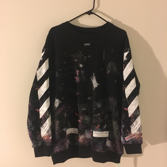 detailed look 29bea e6dca Crewneck White Fits S Offwhite Size Off M Poshmark Sweaters Galaxy d6Ix0qC